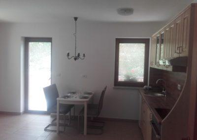 apartma-1-2-kuhinja-jedilnica