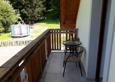 apartma-6-balkon