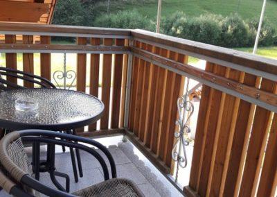 apartma-7-balkon