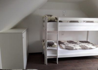 apartma-7-spalnica-pograd